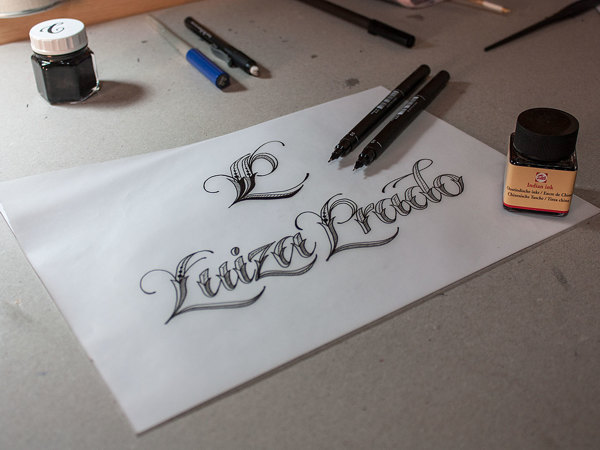 24.logo sketch